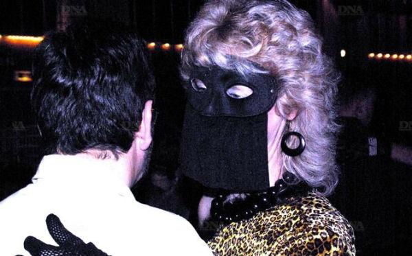 http://folklores.modernes.biz/files/gimgs/116_bal-des-veuves-la-saison-lanceepixl.jpg